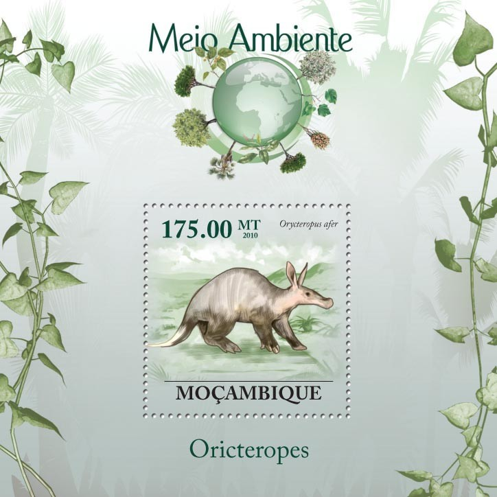 Aardvark ( Orycteropus afer ) - Issue of Mozambique postage Stamps
