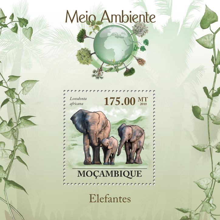 Elephants ( Loxodonta Africana ) - Issue of Mozambique postage Stamps