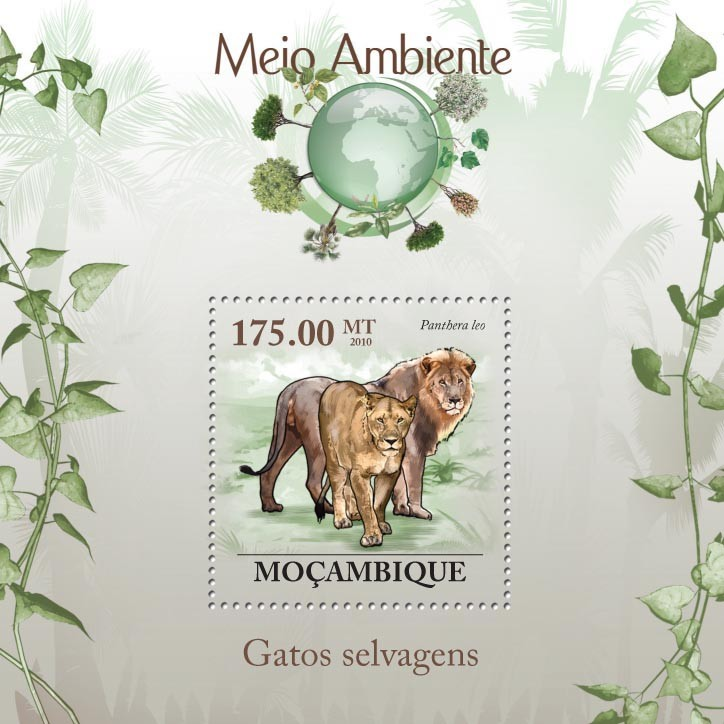 Wild Cats ( Panthera leo ) - Issue of Mozambique postage Stamps