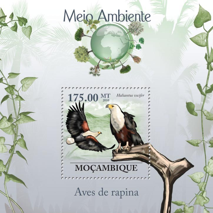 Raptors, ( Haliaeetus vocifer ) - Issue of Mozambique postage Stamps
