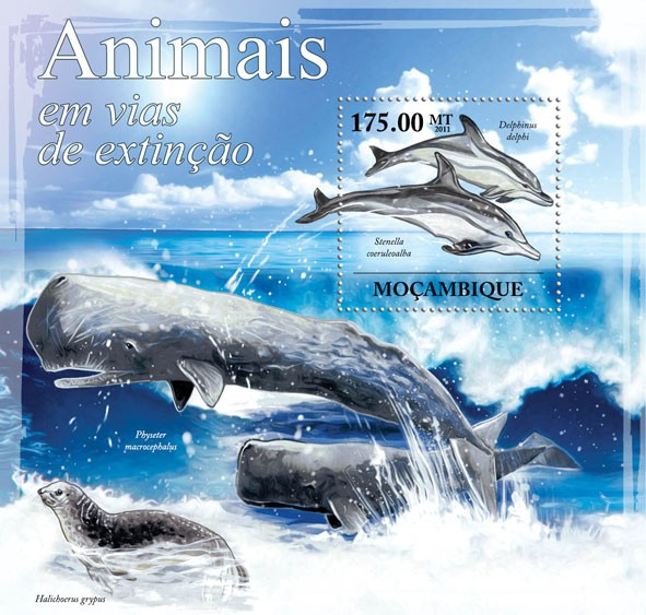 Animals in Danger, (Delphinus Delphi, Stenella coeruleoalba). - Issue of Mozambique postage Stamps