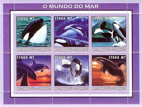 Orca  6 x 17000  MT - Issue of Mozambique postage Stamps