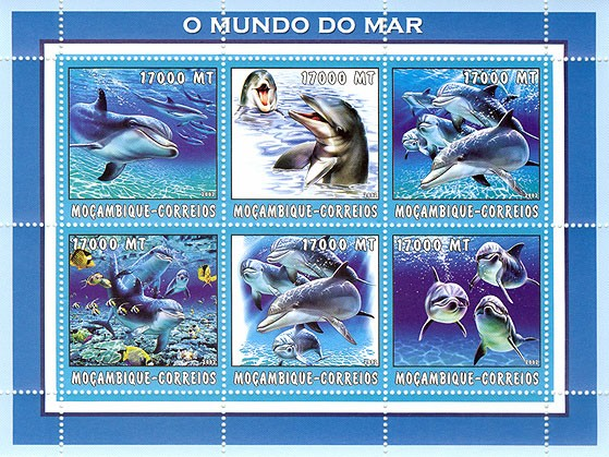 Dolphins  6 x 17000  MT - Issue of Mozambique postage Stamps