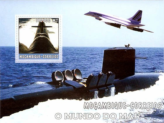 Submarines 110000 MT  S/S - Issue of Mozambique postage Stamps