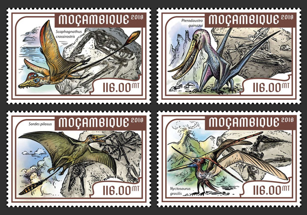 Flying dinosaurs  (set of 4 stamps) - Issue of Mozambique postage Stamps